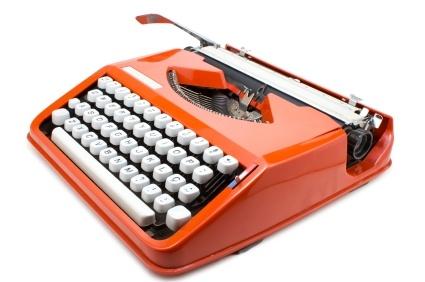 iStock_000015562210XSmall-tomato-typewriter